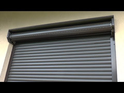 How to repair external roller blind - broken hanger - window shutter repair