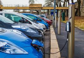 Električna vozila dosegajo polovico prodaje vseh vozil na Norveškem