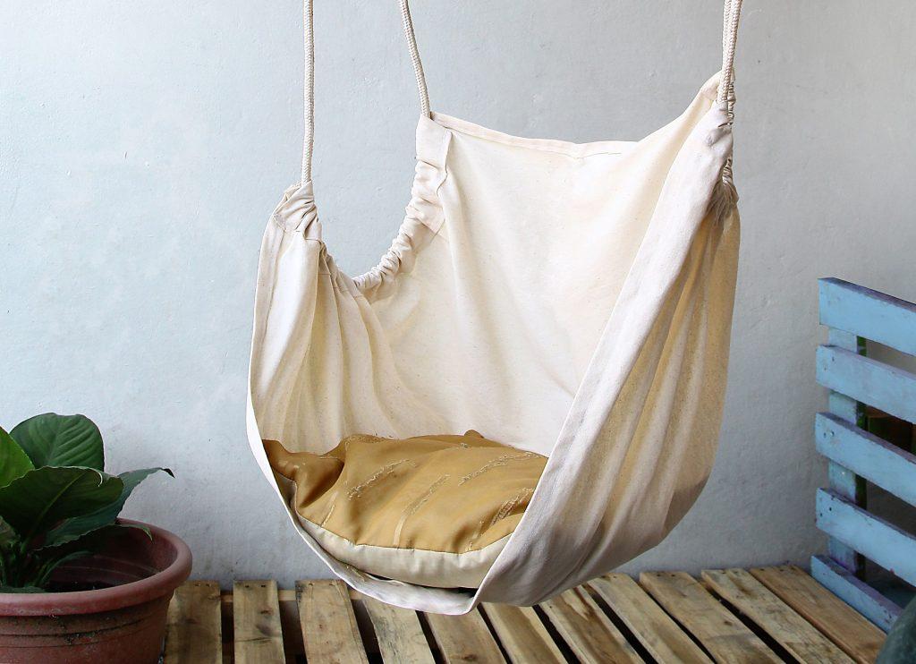 Primer visečega stola