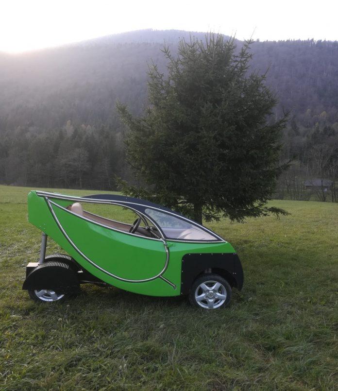 Slovensko električno vozilo SEV