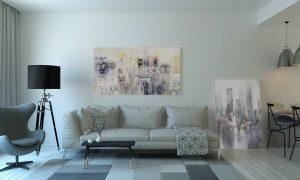 Soba s kavčem, opremljena v svetlih barvah
