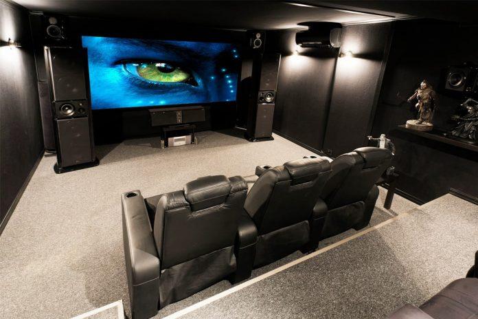 Domača kinodvorana