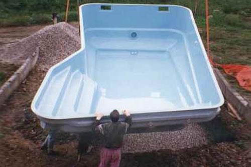 Poliestrski bazeni