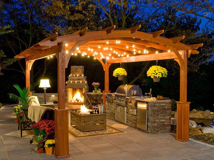 Prava osvetlitev za zunanjo kuhinjo