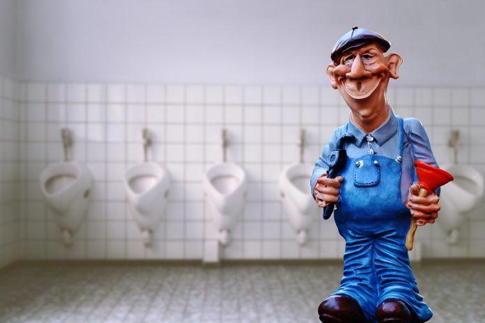 Moško stranišče in vodovodar