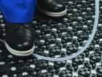 Stroškovno učinkovita samostojna vgradnja Uponor PE-Xa cevi