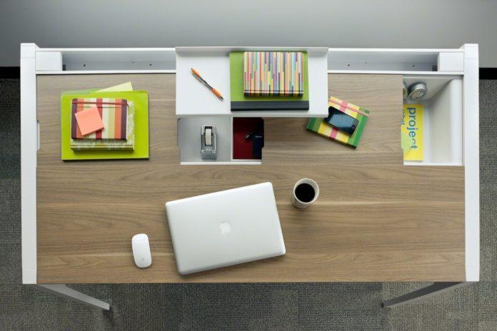 Kako urediti pisalno mizo