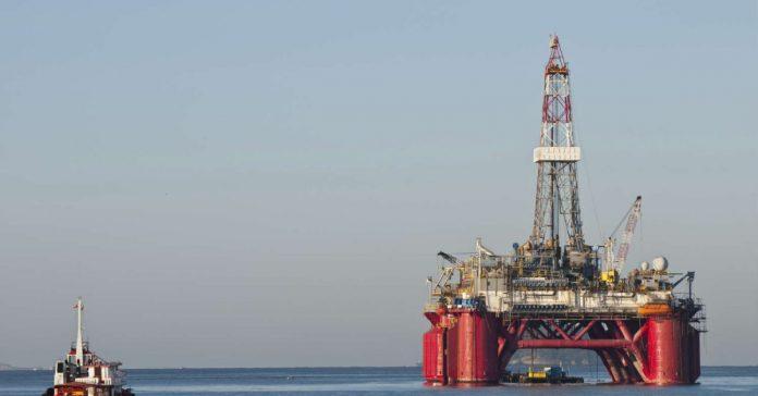 Cene nafte so v ZDA poskočile