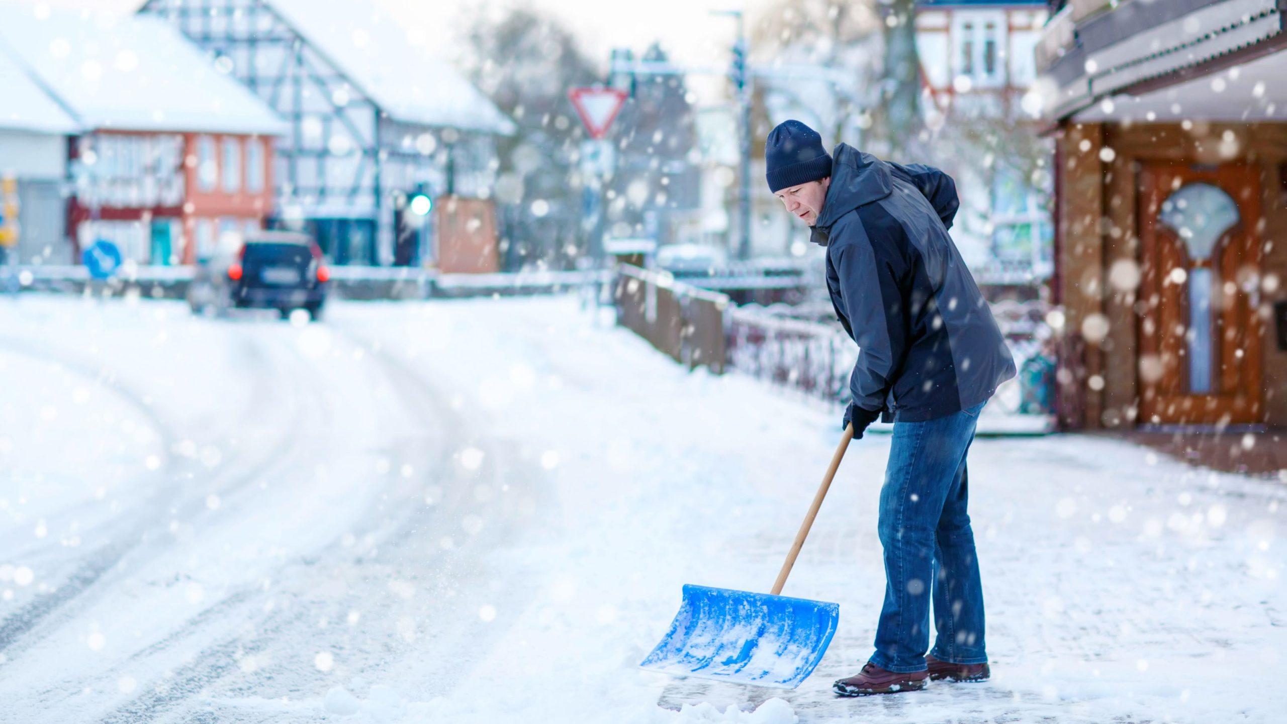 Kako se znebiti snega in ledu
