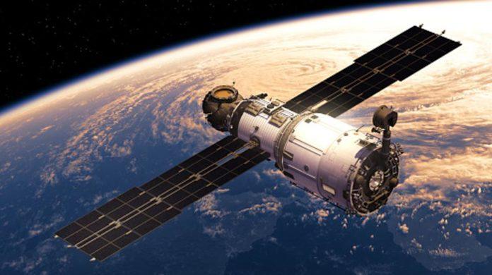 Slovenska vesoljska tehnologija