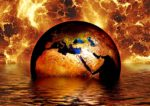 Zemlja se potaplja, v ozadju ogenj