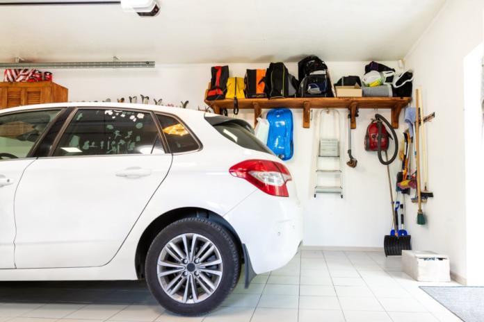 Požarna varnost pri električnih vozilih v garažah