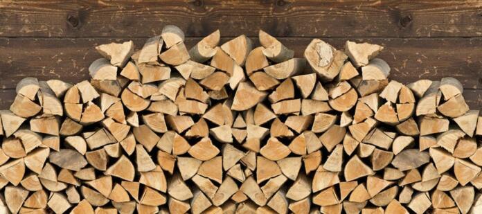 Zlaganje drv