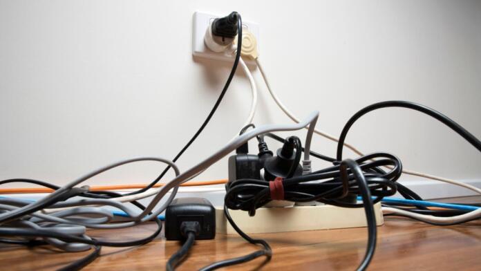 Zmešnjava kablov in kako jo organizirati