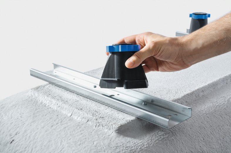 namestitev talne pršne plošče