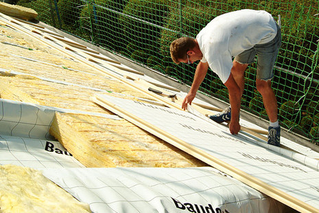 Krovec dela na strehi