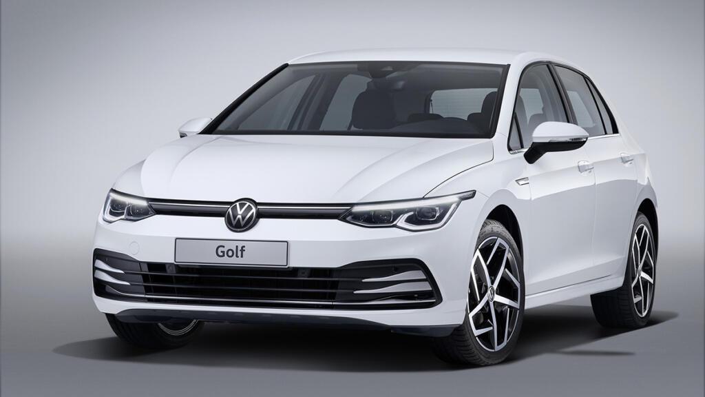 Volkswagen Golf 8, ki je bil uporabljen za primer bencinskega vozila
