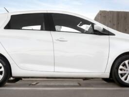 Brezžično polnjenje električnih avtomobilov s ploščadjo